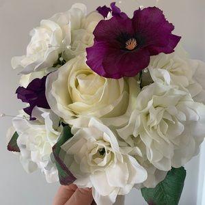 Bouquet / Faux Flowers / White + Purple